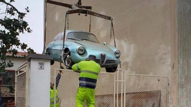 Este Alfa Romeo Giulietta SZ esteve numa cave... durante 35 anos
