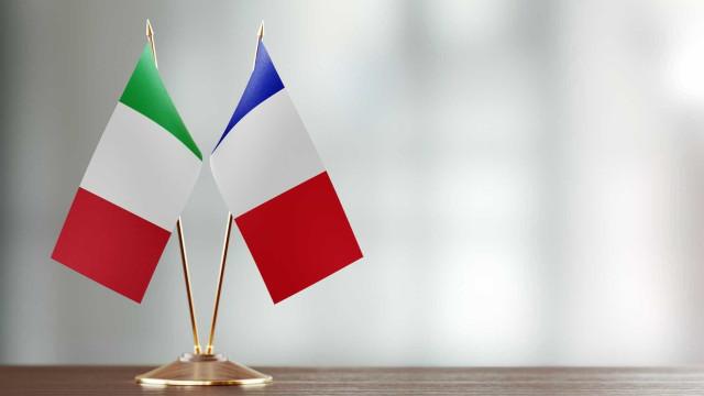Embaixador francês em Itália regressa a Roma após tensão entre países