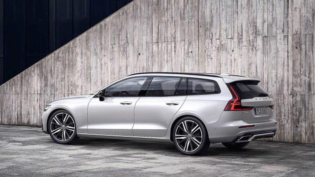 Volvo V60 R-Design chega a Portugal e já tem preços