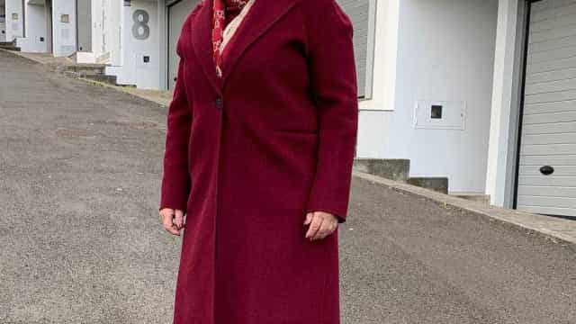 """Dolores Aveiro animada: """"Cai sempre bem uma boa poncha"""""""