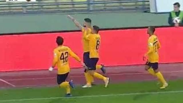 Leandro Silva bisa (e brilha) no triunfo do AEL Limassol