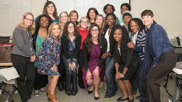 Luso-descendente treina mulheres candidatas a eleições na Califórnia