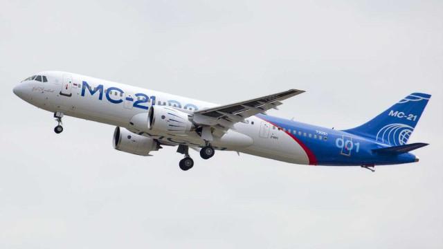 Adiado projeto do avião russo devido às sanções norte-americanas
