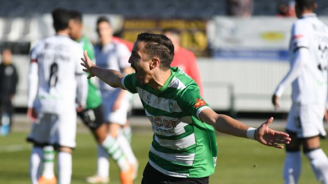 Adriano brilha na II Liga e já desperta interesse dos clubes... da I Liga