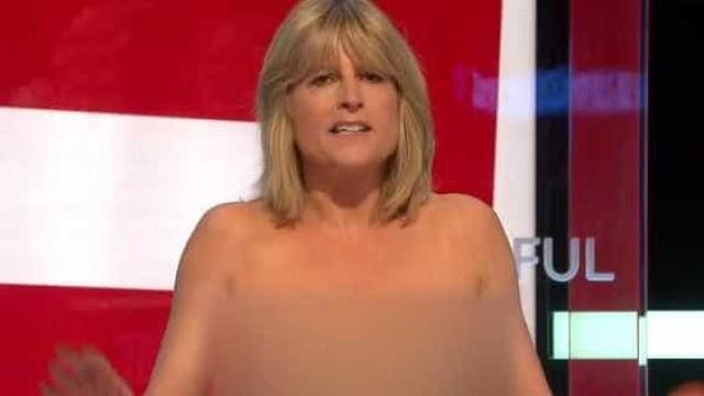 Irmã de Boris Johnson tira roupa na televisão como protesto contra Brexit