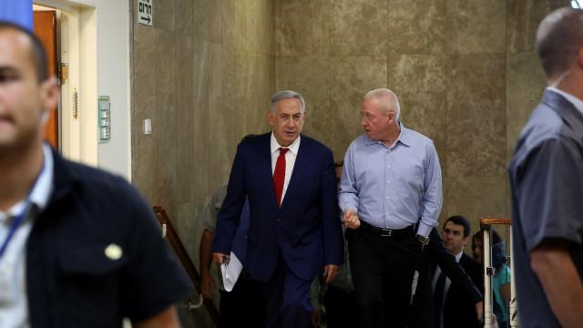 Ministro israelita apela a judeus para imigrarem para Estado hebreu