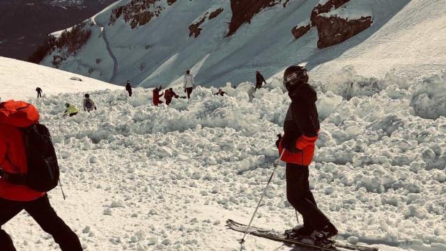 Avalanche numa estância de esqui na Suíça deixa várias pessoas soterradas