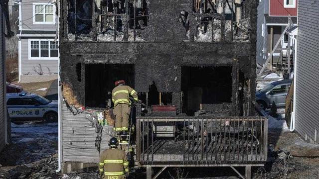 Sete crianças morrem em incêndio da casa onde viviam no Canadá