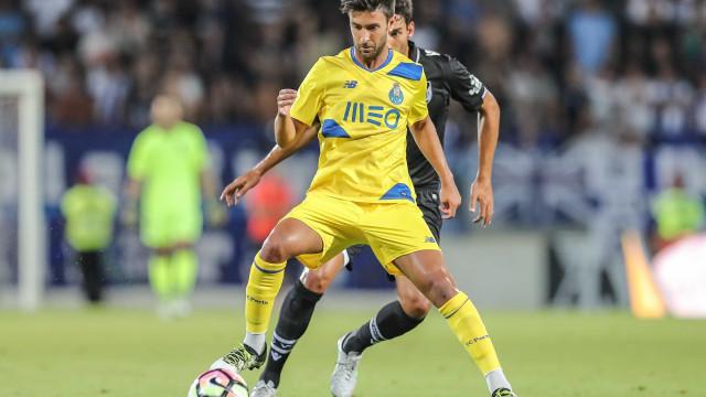 """Alberto Bueno confessa o que sofreu no FC Porto: """"Tirei um peso de cima"""""""