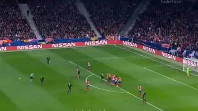 Oblak salva o golo de Ronaldo de forma assombrosa