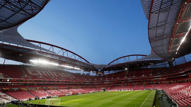 [0-0] Benfica-Galatasaray: Rola a bola na Luz