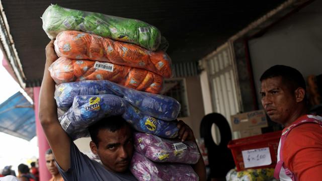 Venezuela: Ajuda humanitária da Rússia chegou ao país