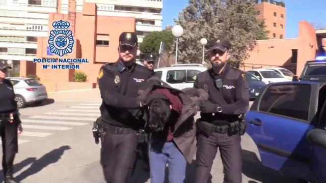 Detido em Madrid jovem que matou a mãe e consumiu os restos mortais