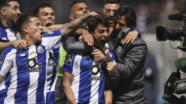 FC Porto foi a prova que quem não tem cão... caça com gato