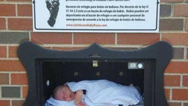Caixas da Idade Média para abandonar bebés regressam aos Estados Unidos