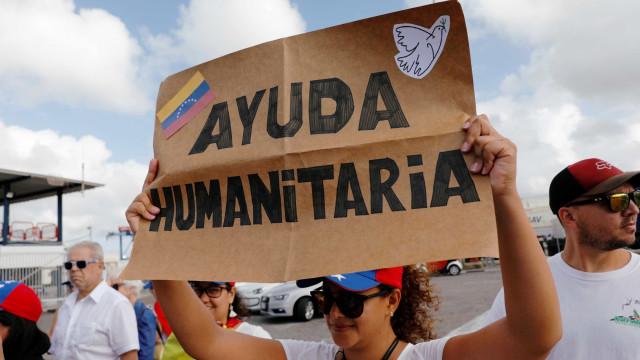 Primeiro camião com ajuda humanitária do Brasil chegou a Pacaraima