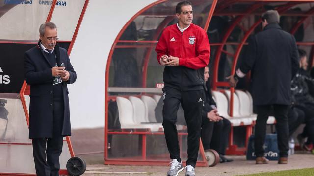 """Renato Paiva deixa aviso a jogadores: """"Se não querem há mais para jogar"""""""
