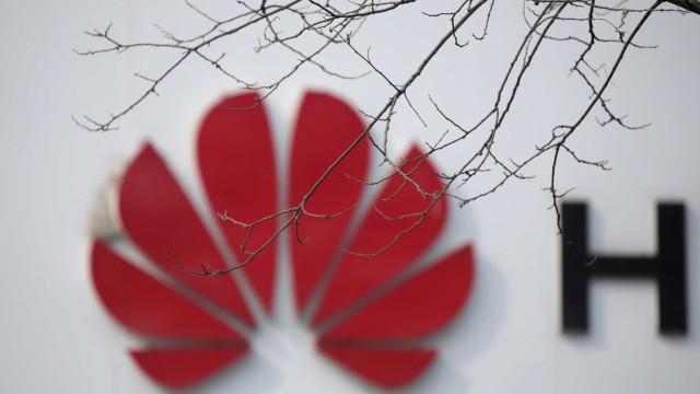 Vendas estão a sofrer impacto de pressão dos EUA, sugere Huawei