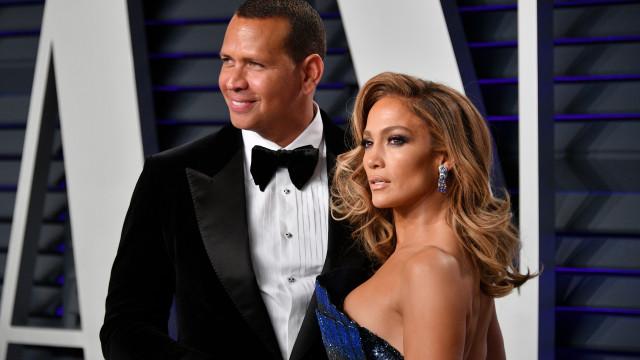 Noivo de Jennifer Lopez terá traído cantora e pedido sexo a três