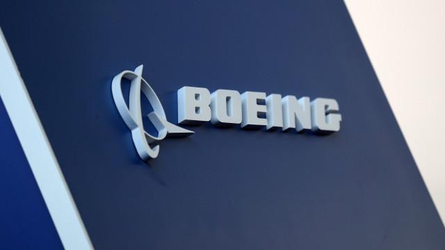 Boeing diz que está a finalizar sistema do avião 737 MAX