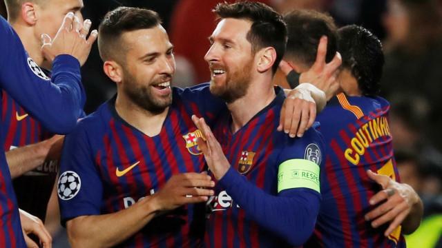 """Messi e a exibição de CR7: """"Foi impressionante. Teve uma noite mágica"""""""