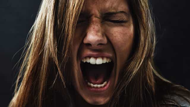 Saiba o que fazer durante um ataque de pânico (em cinco passos)