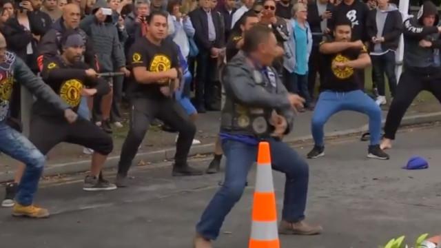 O arrepiante haka em homenagem às vítimas do ataque na Nova Zelândia
