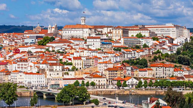 Trotinetes Flash começam a operar em Coimbra (com descontos)