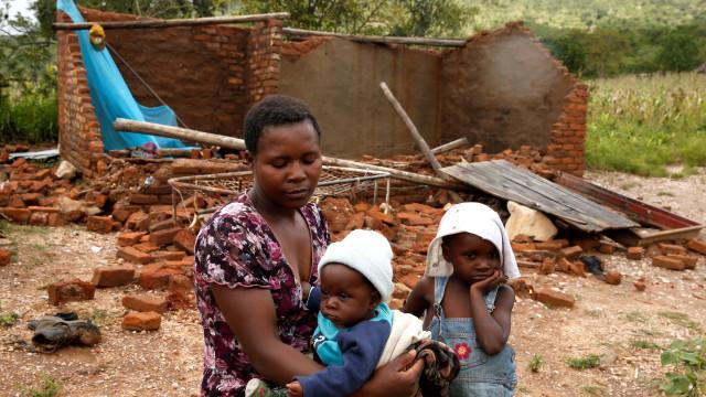 Lisboa envia hoje 25 toneladas de ajuda alimentar para Moçambique
