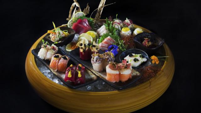Confraria celebra aniversário com explosão e fusão de sabores do Japão