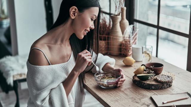 Dez alimentos que combatem e travam a pressão alta