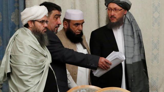 Talibãs autorizaram reabertura de centros de saúde no Afeganistão