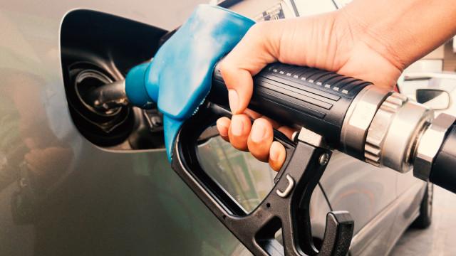 Combustíveis vão ficar mais caros. Gasolina sobe até 2,5 cêntimos