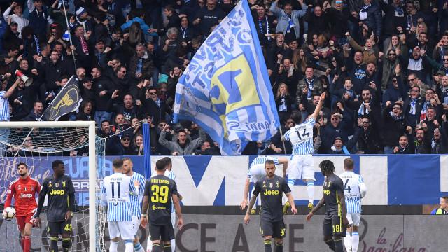 Juventus perde na casa de Viviano e adia a festa do título