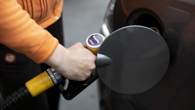 """""""Até sábado"""", situação nos postos de combustível estará normalizada"""