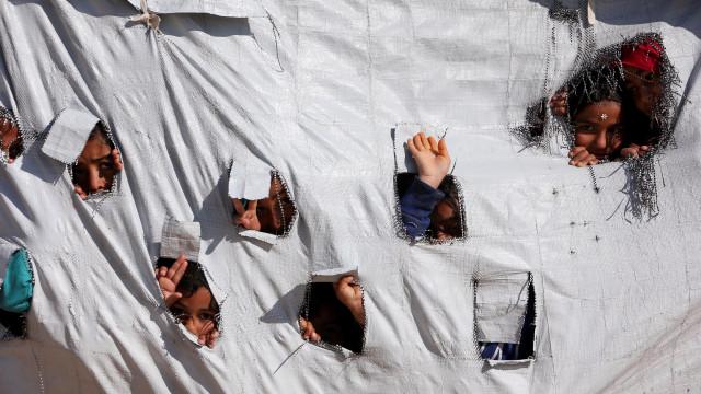 Cerca de 70% dos deslocados do campo sírio de Al Hol tem menos de 18 anos