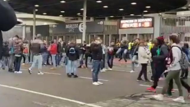 "Adeptos da Lazio gritam em San Siro: ""Esta banana é para Bakayoko"""
