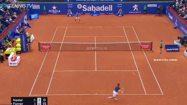 Ferrer adia a tua retirada do ténis. Este ponto até 'calou' Nadal
