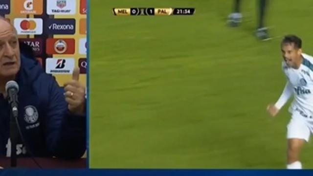 """Scolari perde a paciência com adeptos: """"Um bando de palhaços!"""""""