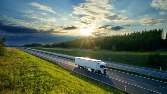 Motoristas de transportes de mercadorias suspendem pré-aviso de greve