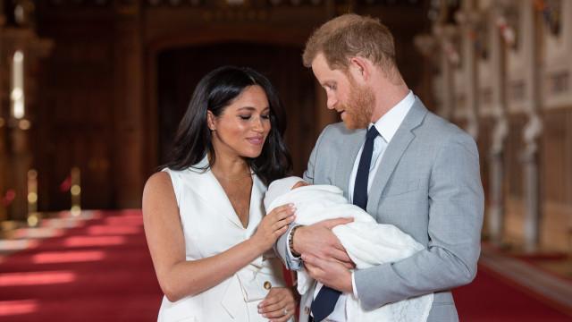 Príncipe Harry está a dar-se lindamente na vida de pai