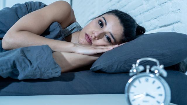 Seis coisas que acontecem com o seu corpo se não dormir por uma semana