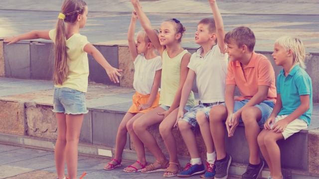 Movimento Bloom leva milhares de crianças a brincar ao ar livre