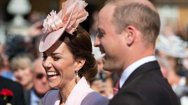 Kate Middleton e príncipe William de férias em ilha paradisíaca