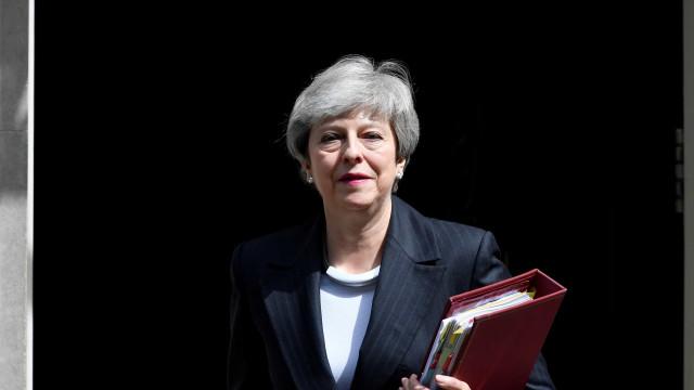 Theresa May deve apresentar hoje a demissão