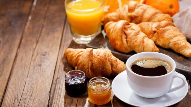 Pequeno-almoço entregue no trabalho? EatTasty alarga a sua oferta