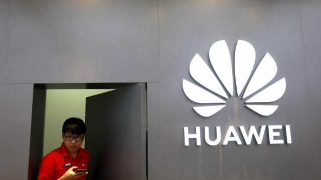China exige que Trump cumpra palavra e permita negócios com a Huawei