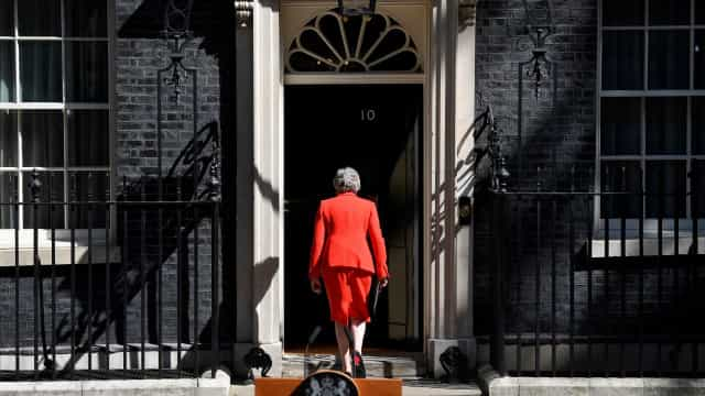Após demissão, estes são os pretendentes à sucessão de Theresa May