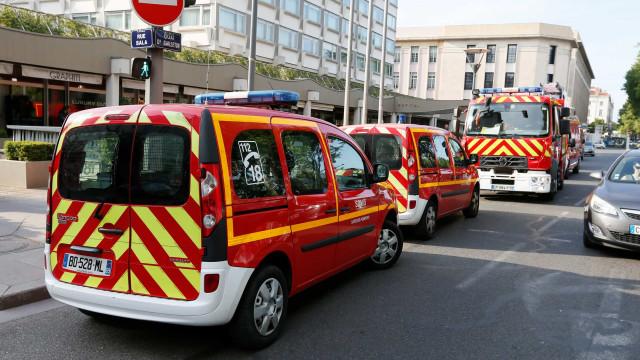 Explosão em Lyon faz pelo menos oito feridos