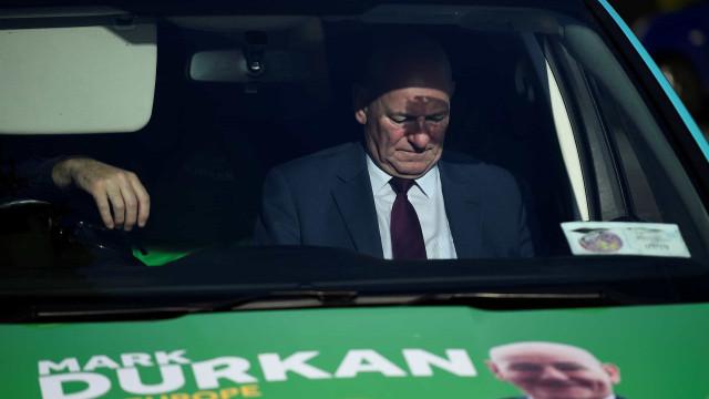 Irlanda: Fine Gael na frente enquanto contagens continuam